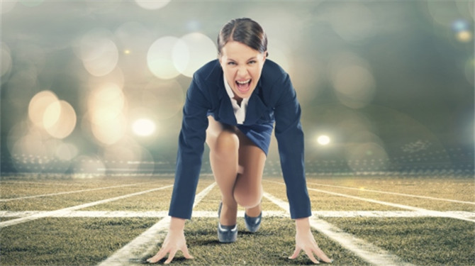 business-woman-starting-line_670